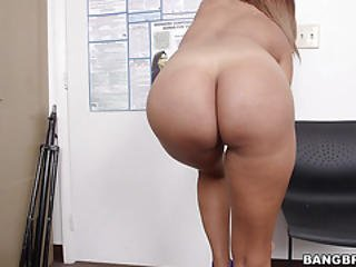 Latina Milf First Porno Shoot At Bangbros Hih13659
