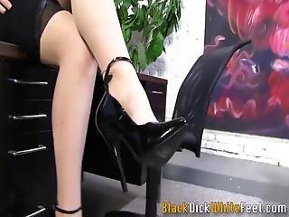 babe, stor sort cock, sort, fed, sædshot, fetish, fod, fodjob, interracial, pornostjerne