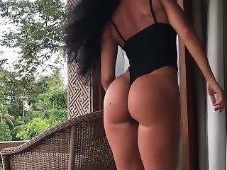 Gayana Viz - Sexy Moves