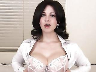 dikke naturele borst, pijp, sperma, sperma doorslikken, ejaculatie, natureel, naturele tieten, door slikken
