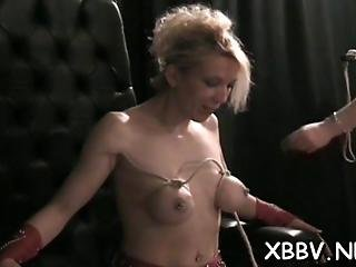 Rough Play In Bdsm Scenes With Obedient Woman In Heats