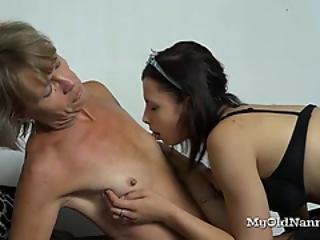 Teen Decided To Help Her Lesbian Gilf