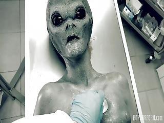 Sarah Kay - Roswell Ufo Horrorporn (2160p)