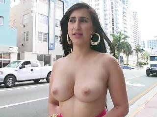 Bangbros - Curvy Latina Valerie Kay Showing Off Her Big Ass In Public