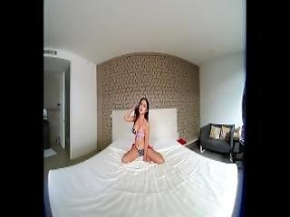 Vrpussyvision Com Young Asian Teasing You With Her Nice Body
