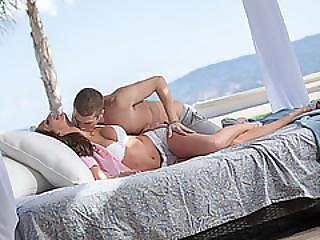 Horny Angelica Saige And Boyfriend At A Beach House Fucking  A Lot
