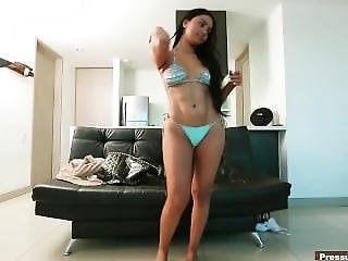 $200 = Blowjob & Pussy From A Sexy Foreign Cuban Girl