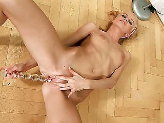 Slender Golden-haired Kate Fingers Her Bawdy Cleft In Advance Of Slamming It With A Toy