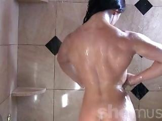 Muscled Chick In The Shower