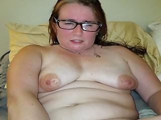 Milf Toying Her Wet Pussy