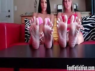 Shoot Your Jizz On My Perfect Feet
