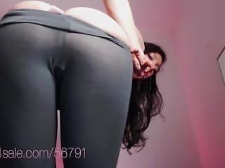 Enocuragement For Weak Wankers. Great Ass No Panties In Light Yoga Pants
