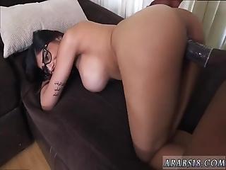 Arab Fat Ass Mia Khalifa Tries A Big Black Dick