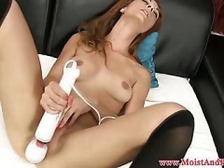Masturbating Babe Toying Pussy With Vibrator