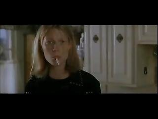 Celebrity Gweneth Paltrow Smoking 5m55s