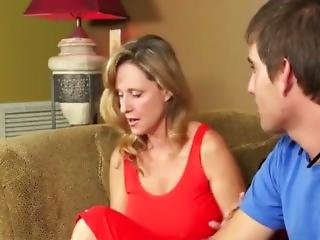 Horny Cougar Fucking Hard With Younger Man