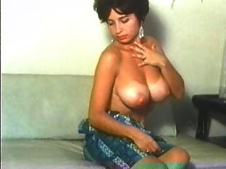 Retro Pretty Women With Natural Huge Boobs