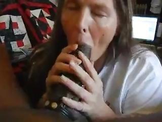 Lucky Redneck Aunt Sucks Off Bbc