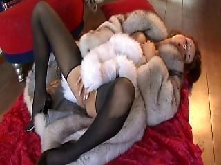 Fur - Sluts - Romyna