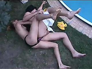 Brunette, Par, Cowgirl, Sindsyg, Ble, Doggystyle, Fetish, Kneppe, Kinky, Mor, Naturlig, Naturlige Bryster, Pool, Sex, Strapon