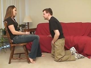 Ballbusting Barefoot