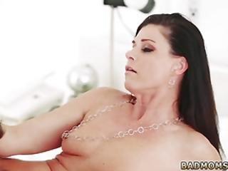 Big Bubble Butt Teen Anal Mommy Dearest Gets Freaky