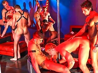 9 Hot Guys Let Loose Have Orgy Fun Around A Stripper Pole