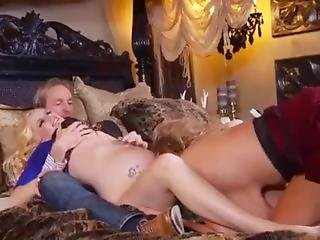 Kelly Madison And Pregnant Haley Cummings Share Cock