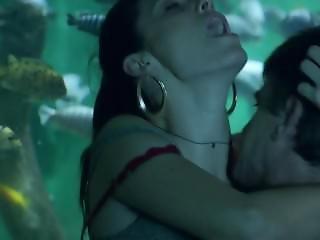 Emmy Rossum - Shameless S06e01 (2016)