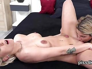 Natural Girl Is Geeting Pissed On And Squirts Wet Twat