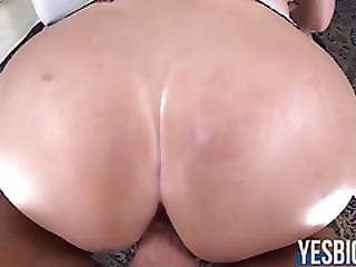 Bootylicious Blonde Stunner Vanessa Cage Gets Pussy Nailed