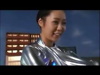 Silver Ultra Girl --behind The Scene 2