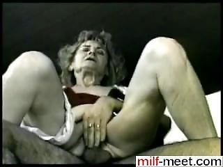 Write Her From Milf-meet.com - Mature Bitch Gets Her Pus