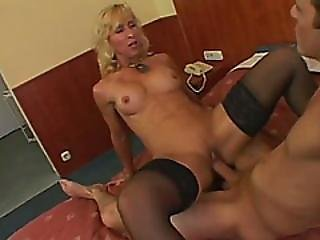 Mature Victoria Enjoys Doggystyle Fuck On Bed