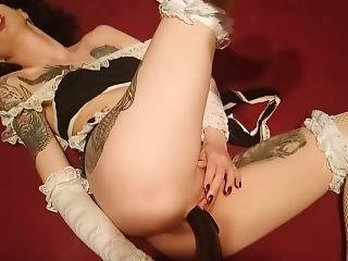 Pervert Maid Fucking Her Pussy With Vacuum Cleaner