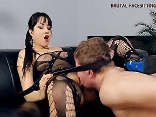 Brutal Facesitting Mistress Taya
