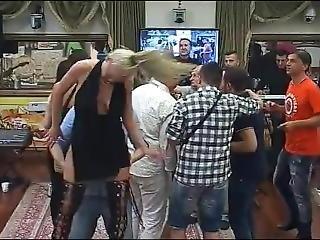 Kerma, Creampie, Tanssiminen, Orgiat, Seksikäs