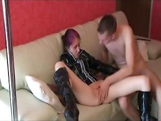 Amateur Hunny Lapdance With Fuck And Cumshot