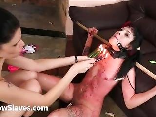 Dona Brasileira A Espancar A Sua Escrava