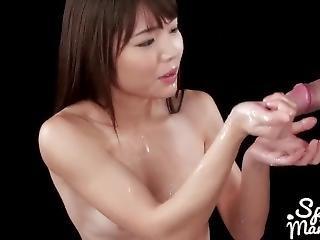 Shino Aoi Cummy Group Handjob