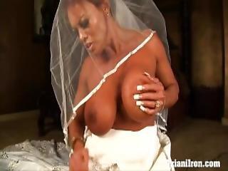 velké dudy, nevěsty, šaty, milf, sybian, opalení, zastřihávání, svatba