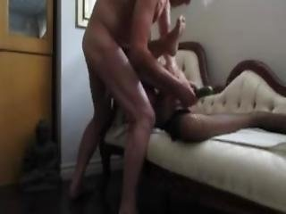 amateur, canapé, insertion, masturbation, vieux, maigre, petits seins, femme