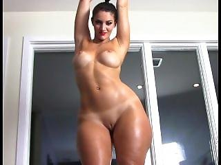 Thick French Cougar Rosee Divine Porn Music Video