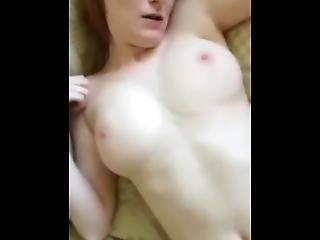 MILF fehérnemű pornó cső
