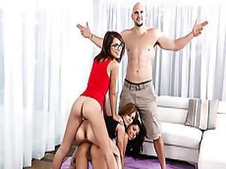 Amateur lesbiian porno masturbate