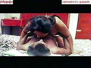 Mallu Mature aunty in bed