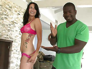 Interracial Booty Intruders - Bonus Scene 1