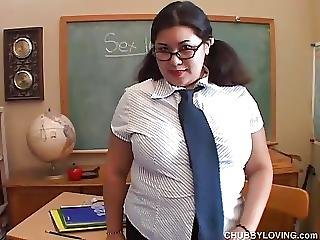Big Belly And Boobs Asian Bbw Has A Very Juicy Pussy