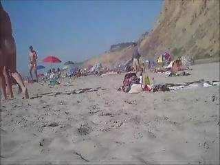 Duże fiuty na plaży