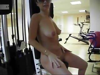 Sixpack Girl Naked Workout After Hours At Hardbodycams.com